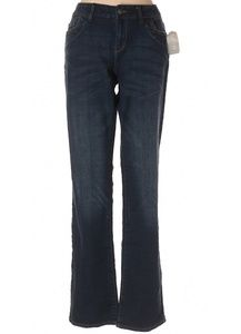 NWT Delia*s jean pants.